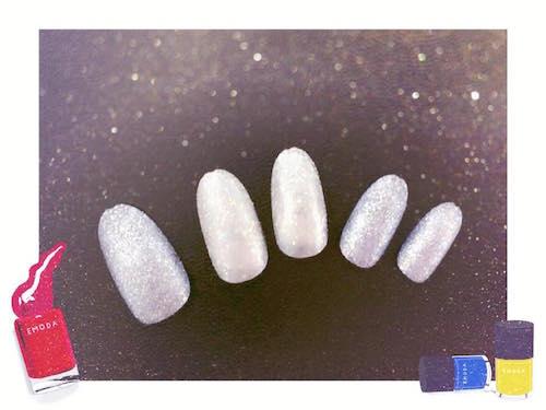 砂糖菓子を爪にのせたようなザラザララメネイルが簡単にできます
