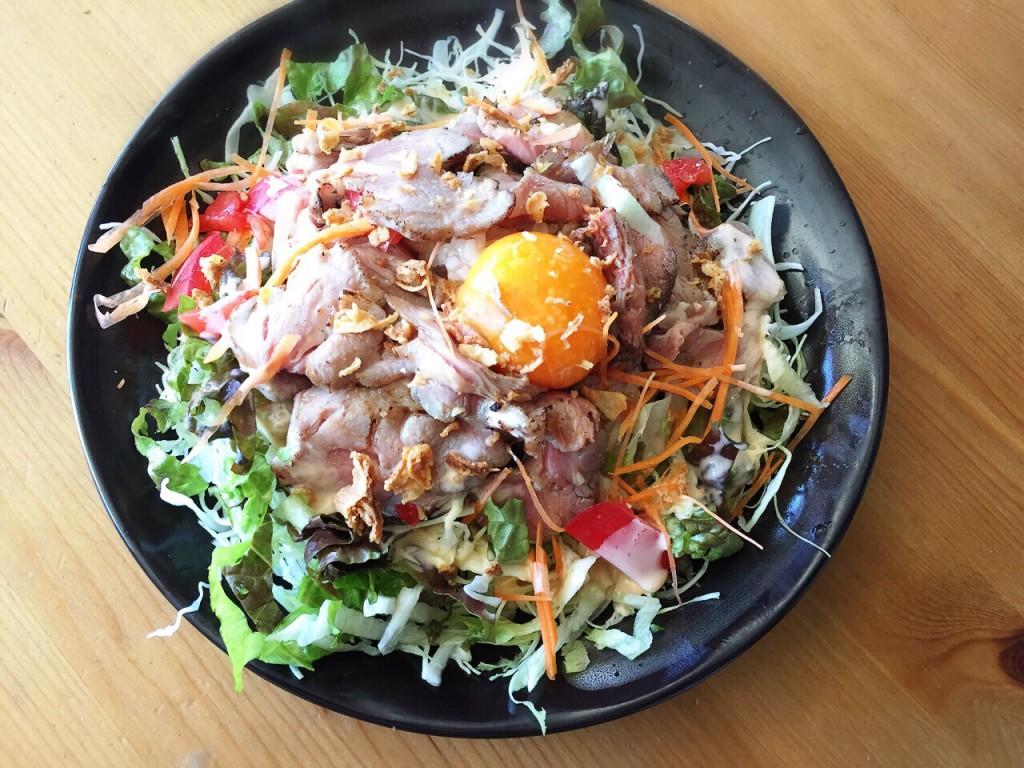 ラム肉サラダプレート