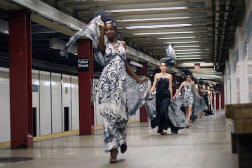 NY地下鉄でのゲリラショー