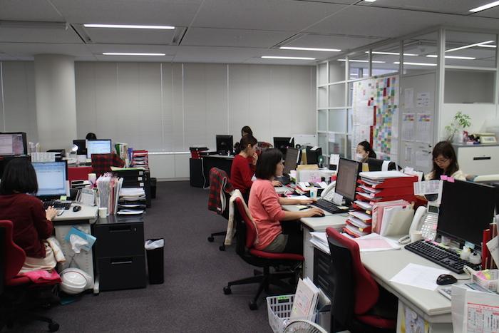 ランクアップの社内の仕事風景