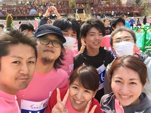 会社のメンバーとマラソン