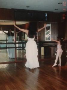 叔母とのダンス練習